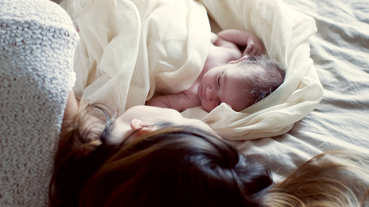 best sleeping options for the new born baby